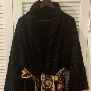 Versace Men's Robe (New/Never Worn)